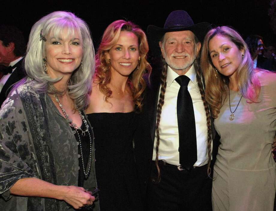 (EXCLUSIVE, Premium Rates Apply) NASHVILLE, TN - NOVEMBER 06:  Singers Emmylou Harris, Sheryl Crow, singer/songwriter Willie Nelson and his wife Annie attend the BMI Country Awards and reception honoring Willie Nelson at the BMI building on November 6, 2007 in Nashville, Tennessee.  (Photo by Rick Diamond/WireImage) Photo: Rick Diamond, Getty / WireImage