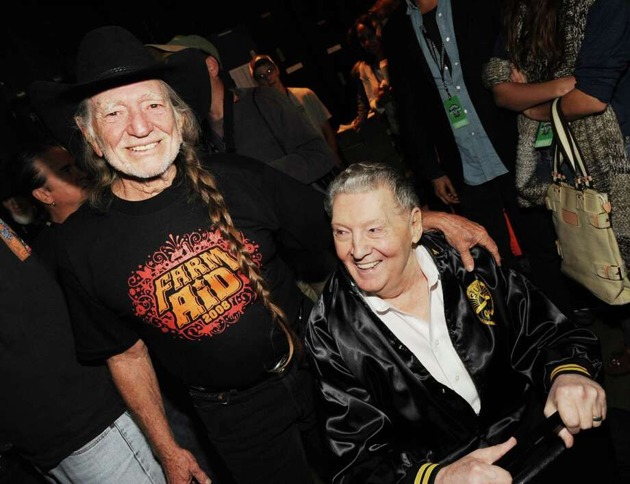 (EXCLUSIVE, Premium Rates Apply) MANSFIELD, MA - SEPTEMBER 20:  Singer/Songwriter Willie Nelson and Musician Jerry Lee Lewis  backstage at Farm Aid in the Comcast Center on September 20, 2008 in Mansfield, Massachusetts. ******EXCLUSIVE COVERAGE*****  (Photo by Rick Diamond/WireImage) Photo: Rick Diamond, Getty / 2008 WireImage