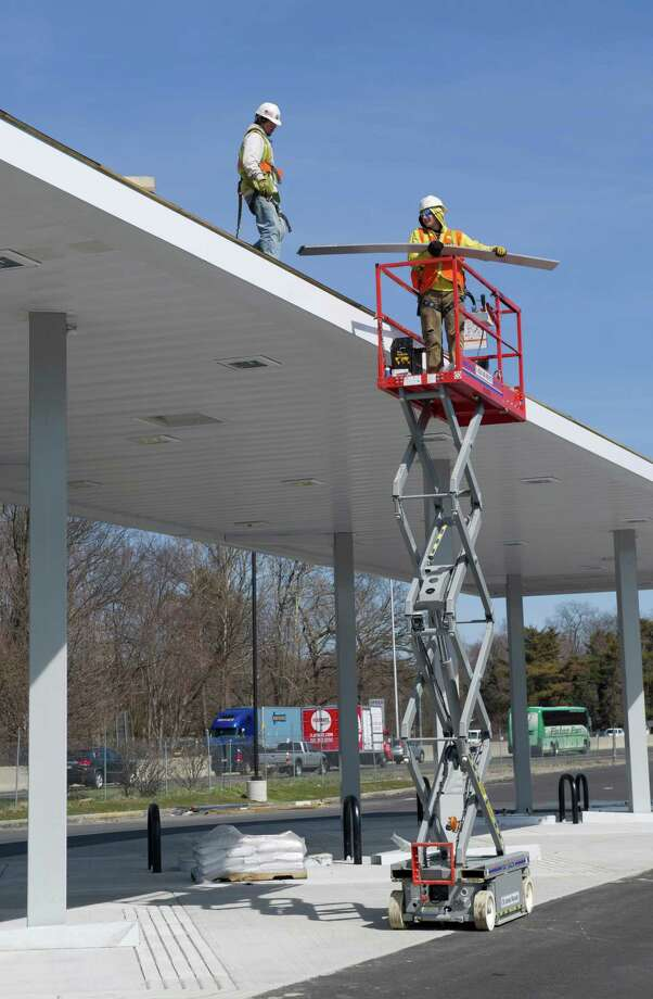 Construction progresses on the rest stop on I-95 North in Darien on Thursday, April 4, 2013. Photo: Lindsay Perry / Stamford Advocate