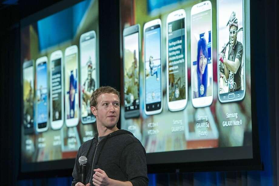 Advertising is a dilemma for Facebook's Mark Zuckerberg. Photo: David Paul Morris, Bloomberg