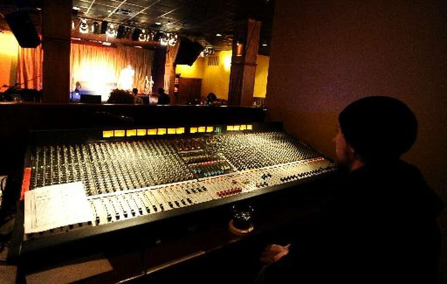 Zach Bowman running sound at The Gig. Randy Edwards/cat5