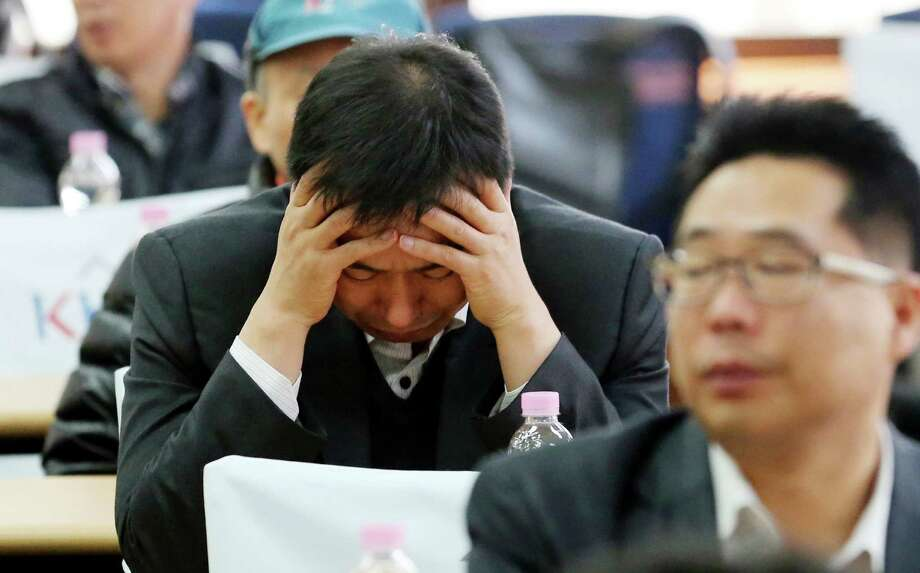 Tensions ran high Tuesday during an emergency meeting of the Corporate Association of Kaesong Industrial Complex. The complex, North Korea's last major economic tie to the South, remains closed. Photo: Choi Jae-goo, SUB / YONHAP