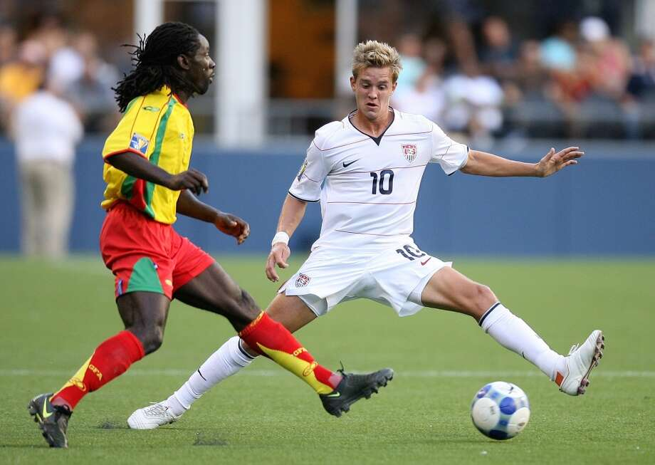 The U.S men\'s national soccer team is scheduled to host Panama in a qualifying round for the 2014 World Cup on June 11. It\'s been 37 years since a men\'s World Cup qualifier was played in Seattle, although the national team beat Grenada 4-0 here in a 2009 CONCACAF Gold Cup game.