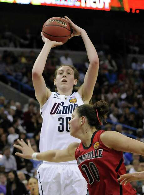 Connecticut freshman Breanna Stewart, who scored 23 points, shoots in the first half of the Huskies' title-winning blowout of Louisville. Photo: Cloe Poisson / McClatchy-Tribune News Service