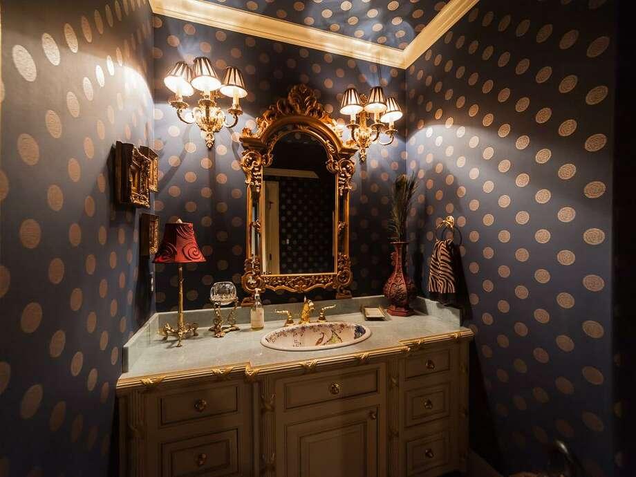 The home's guest bath. Photo: John Daugherty Realtors