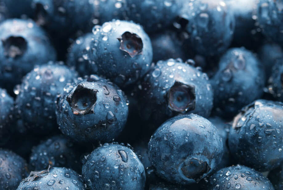 "Circulation is a big deal for both libido and sexual function—without good blood flow, arousal takes longer (it's the blood rushing to your sexy bits that primes you for orgasm)—and blueberries are great for improving circulation. ""Their high levels of antioxidants, which destroy cell-damaging free radicals, also make you look sexier,"" says Balleck. What's more: Blueberries contain dopamine, a neurotransmitter whose job is to stimulate your brain's pleasure centers (the ones that make you say, ""Ooh!""). Photo: Joe Cicak/istock, Getty Images / © 2007 Joe Cicak"