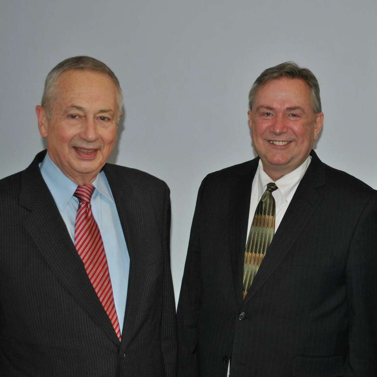 """Congressman Steve Stockman and GOA Executive Director Larry Pratt paused for this quick photo on Thursday as Stockman rushed off to file the first pro-gun bill of the 113th Congress. Rep. Stockman introduced H.R.35 to restore safety to America's schools by repealing federal """"Gun Free School Zones""""."""