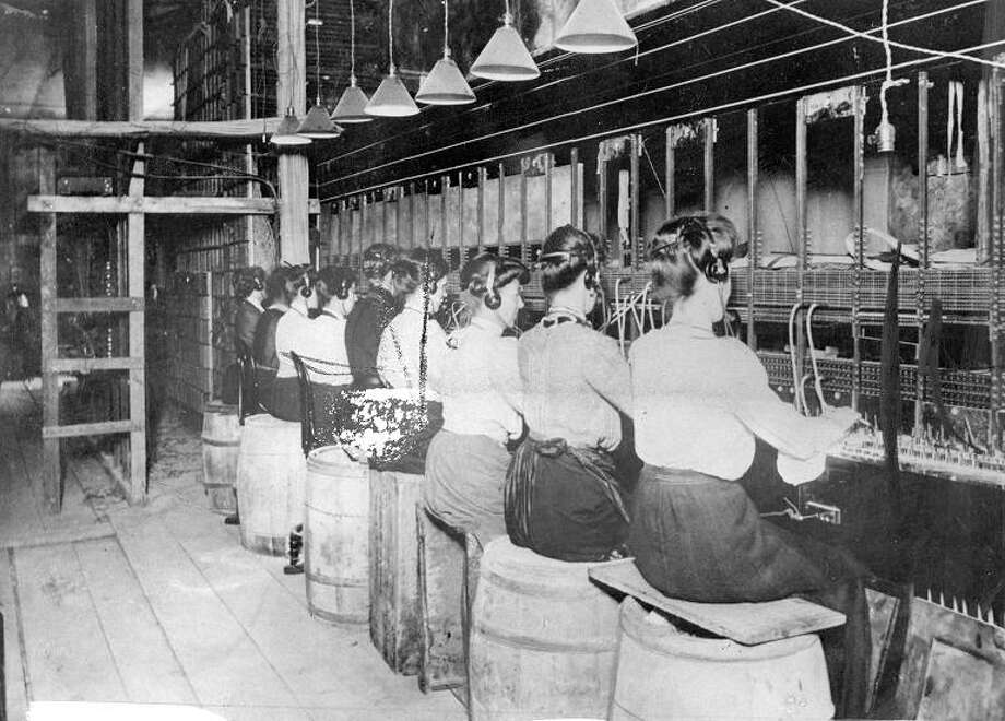 1906: Telephone operators at 445 Bush Street after the Earthquake and fire. The switchboard was damaged, but communication was restored quickly. / ONLINE_YES