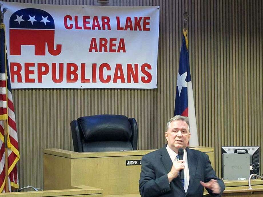 Steve Stockman addresses the Clear Lake Area Republicans Photo: David Jennings, Houston Chronicle