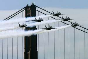 Blue Angels come roaring back for Fleet Week - Photo
