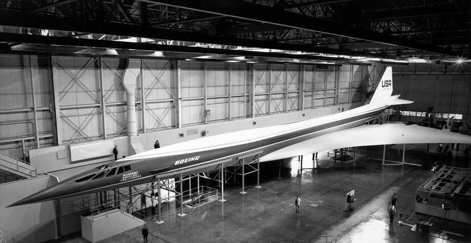 Meanwhile, in 1966, the U.S. government chose Boeing to build a supersonic airliner, dubbed the SST. The 318-foot-long jet was to cruise at Mach 2.7, soaring above 60,000 feet. Twenty-six airlines ordered 122 of the planes before the government cut the program in 1971. This is a mockup. Photo: P-I FILE