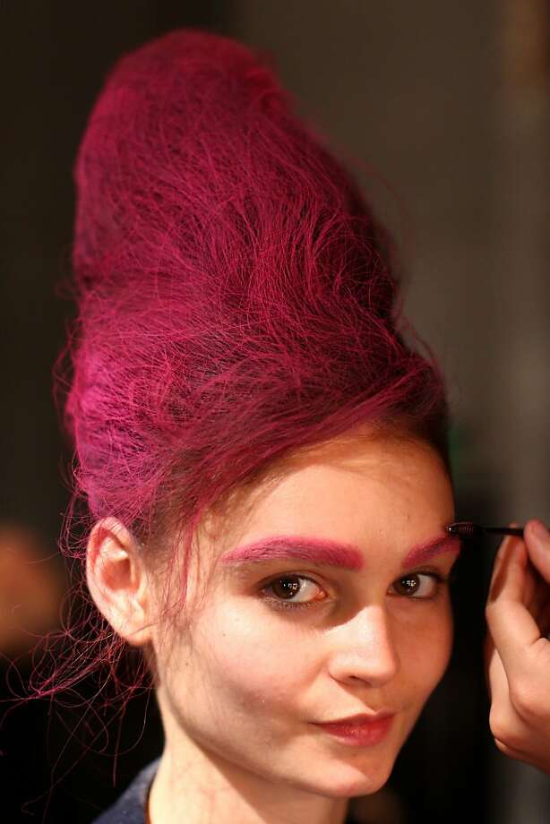 Choice of color is also important. Make sure your eyebrows match your dome. Photo: Marianna Massey, Getty Images
