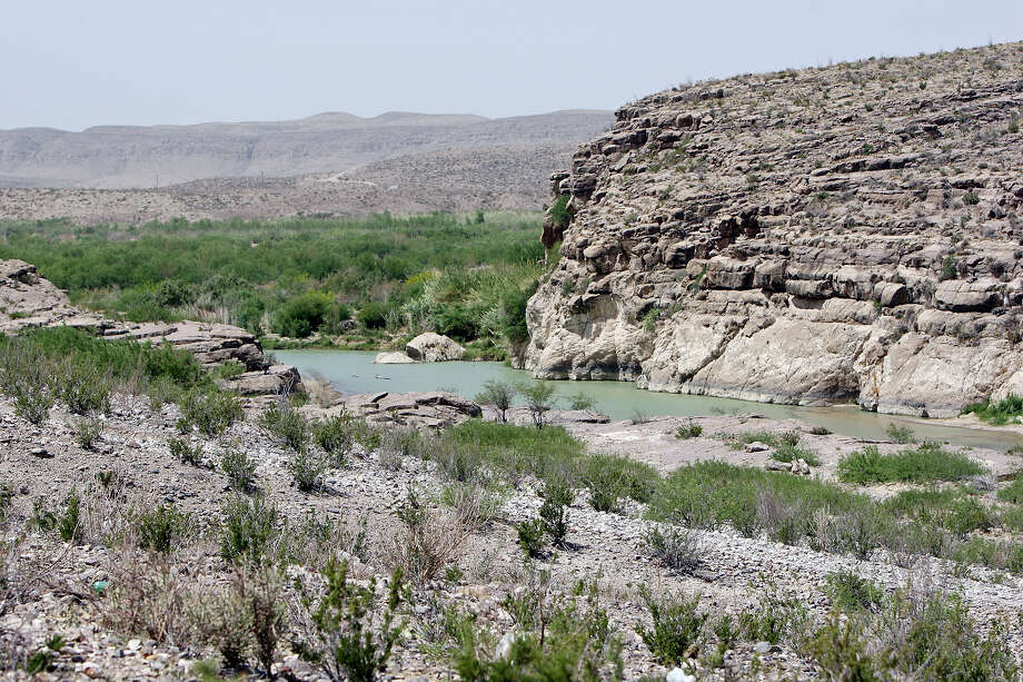 A view of the Rio Grande and Big Bend National Park Wednesday April 10, 2013 from Boquillas del Carmen, Mexico. Photo: Edward A. Ornelas, San Antonio Express-News / © 2013 San Antonio Express-News