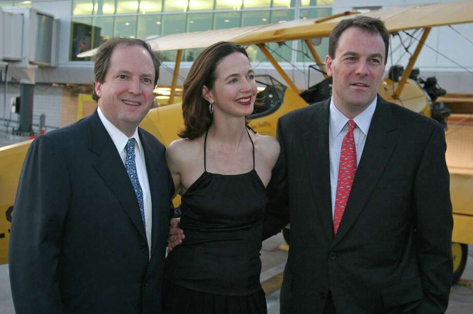 (For the Chronicle/Gary Fountain, May 19, 2007)  Jim Fonteno, from left, with Kelley and Harper Trammell at the Hobby Airport 80th anniversary celebration. Photo: Gary Fountain, Freelance / Freelance