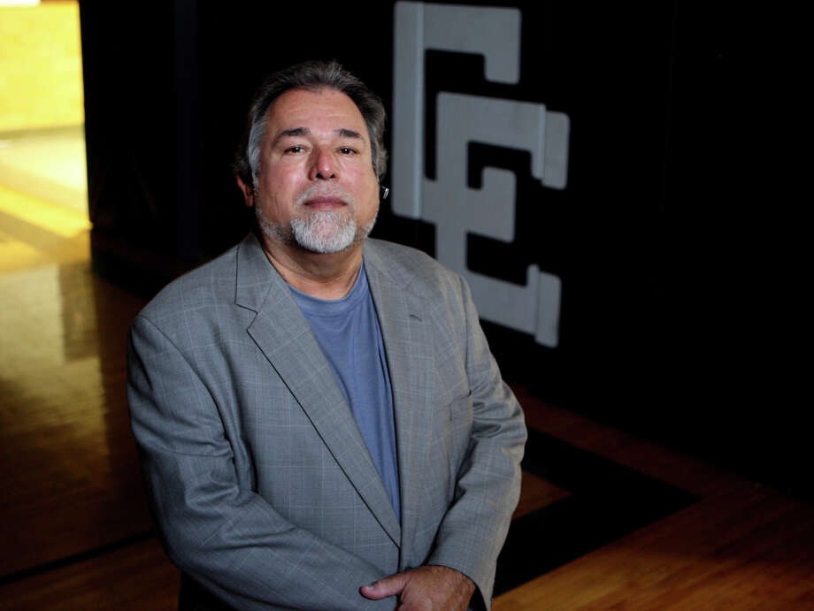 Romy Vela, seen on July 11, 2008, was hired to be the new basketball coach at Central Catholic. Photo: Helen L. Montoya, San Antonio Express-News / hmontoya@conexionsa.com