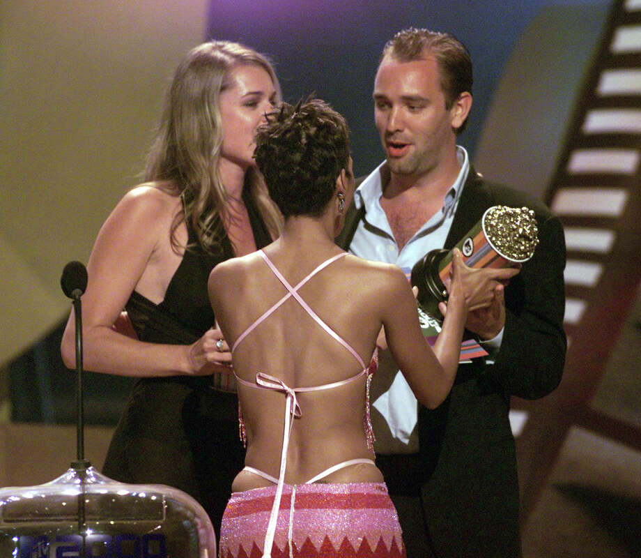 Rebecca Romijn-Stamos, Halle Berry and Trey Parker at the MTV Movie Awards 2000 at Sony Pictures Studio in Culver City, CA on June 3, 2000 Photo: Frank Micelotta, Getty Images / Getty Images North America