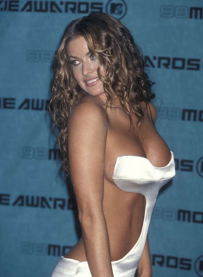 Actress Carmen Electra wears a barely-there dress at the Seventh Annual MTV Movie Awards on May 30, 1998 at the Barker Hangar, Santa Monica Air Center in Santa Monica, California. (Photo by Ron Galella, Ltd./WireImage) Photo: Ron Galella, WireImage / 1998 Ron Galella, Ltd.