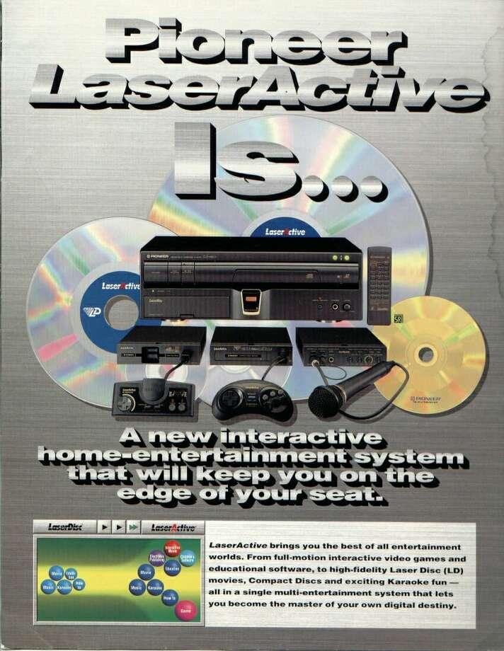 1993: Pioneer LaserActive.