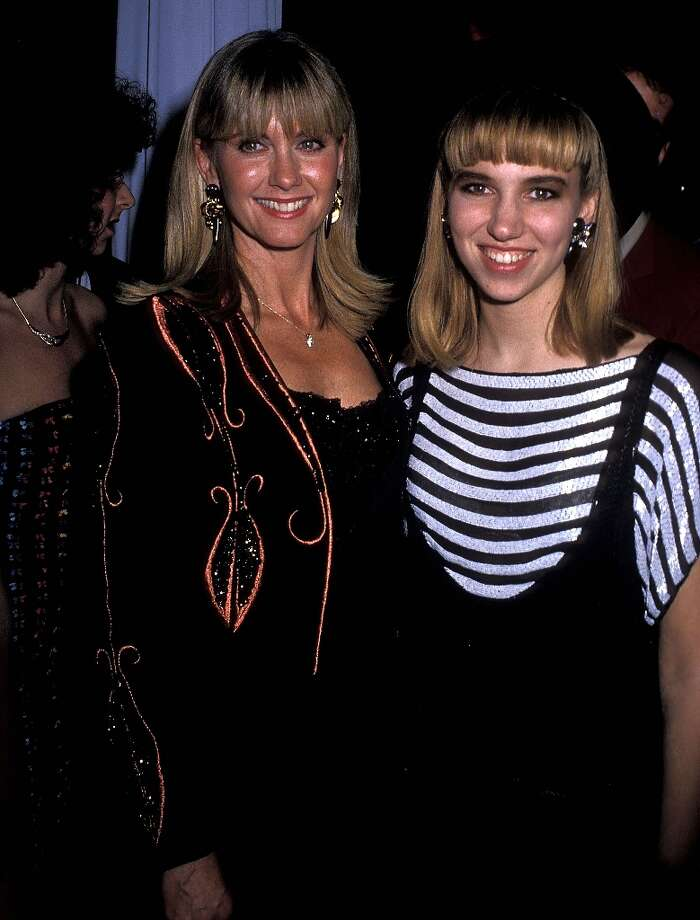 Singer Olivia Newton-John and singer Debbie Gibson attend the 16th Annual American Music Awards After Party on January 30, 1989 at Chasen\'s Restaurant in Beverly Hills, California. Photo: Ron Galella, Ltd., WireImage / 1989 Ron Galella, Ltd.