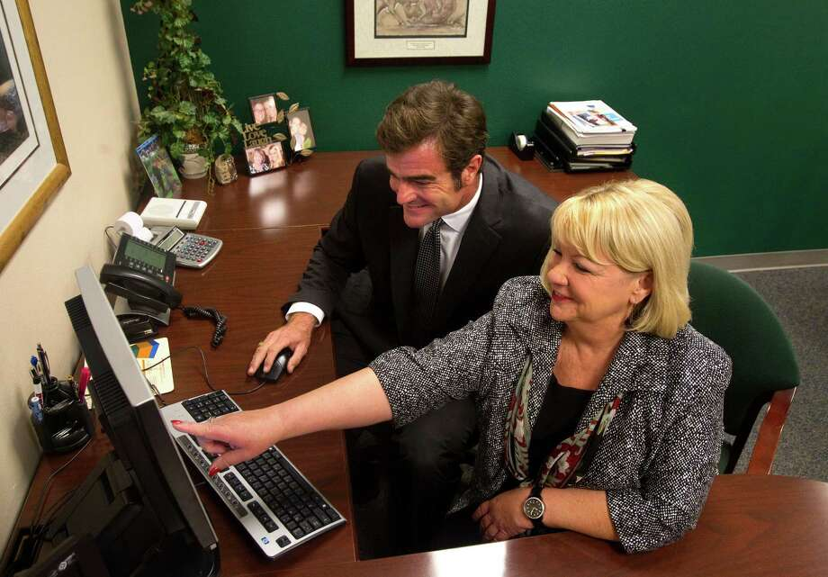 Best: Personal financial adviser  10-year growth projection: 32.1 percentAnnual wage range: $43,160 to $111,880Read about the best and worst jobs here. Photo: Cody Duty, Houston Chronicle / © 2012 Houston Chronicle