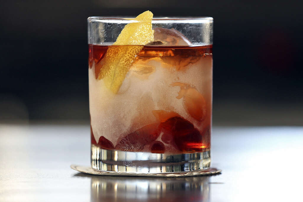 Cocktails get better with age at Arcade Midtown Kitchen - San ...