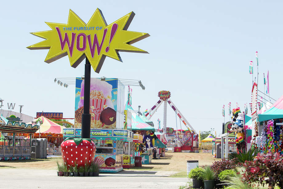 The attractions are set up at the Poteet Strawberry Festival grounds in Poteet. Photo: Michael Miller, For The Express-News / For the Express-News