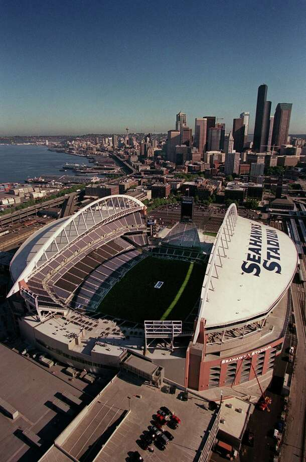 An aerial view of the new Seahawks Stadium on July 12, 2002. Photo: Melina Mara, Seattlepi.com File