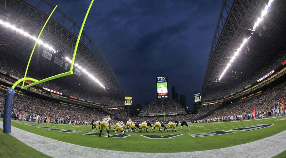The Green Bay Packers line up at the one yard line during a preseason game against the Seattle Seahawks at Qwest Field on Aug. 21, 2010. Photo: Otto Greule Jr., Getty Images / 2010 Getty Images