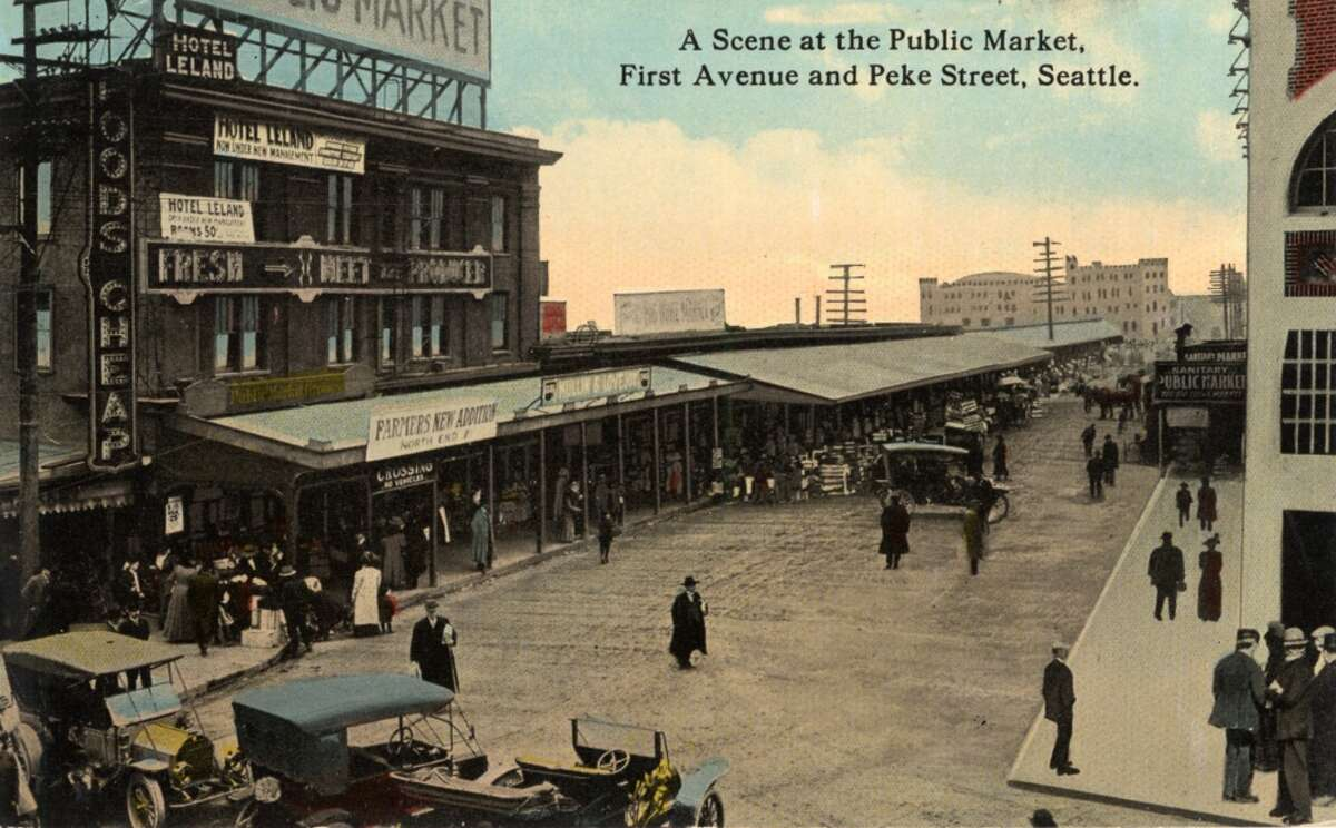 Vintage postcard from 1915 showing the exterior of the Public Market and surrounding street.