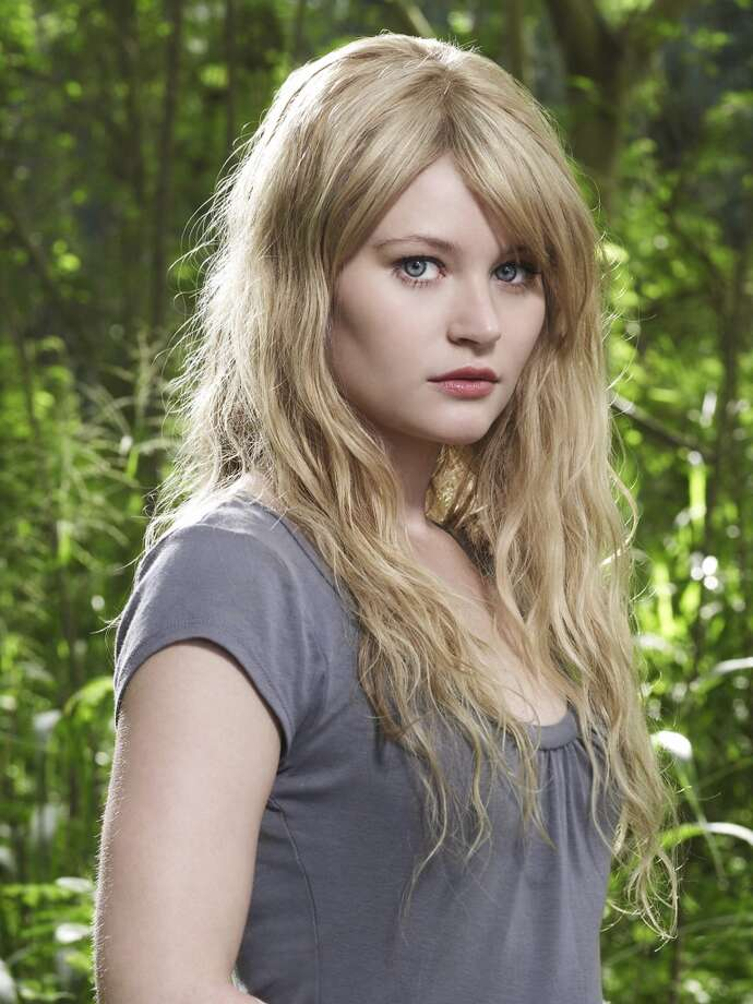 Emilie de Ravin, as Claire.