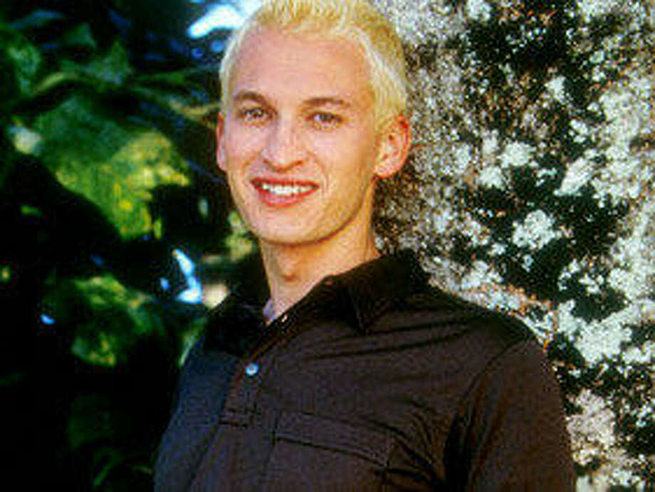 Justin Deabler of Kingswood: The Real World: Hawaii, Season 8 (1999) Photo: MTV