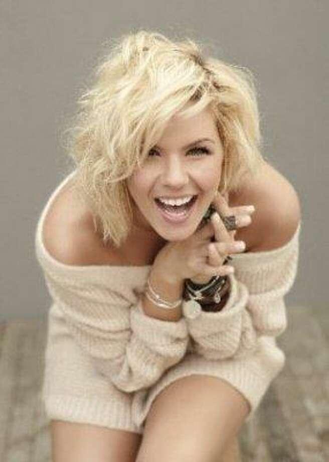 Kimberly Caldwell of Katy: American Idol, Season 2 (2003) Photo: FOX