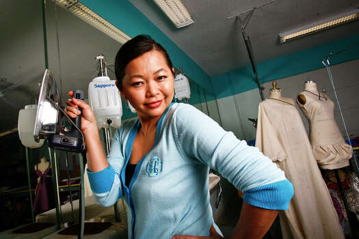 Chloe Dao of Lot 8 in Houston: Project Runway (2006) Photo: Michael Paulsen, Chronicle / Houston Chronicle