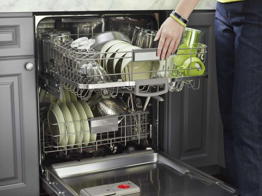 Run full loads of laundry and in the dishwasher. Photo: Kenmore