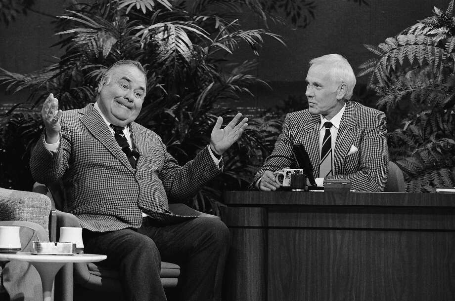 Actor/comedian Jonathan Winters, host Johnny Carson on December 8, 1988. Photo: NBC, Getty Images / 2013 NBCUniversal Media, LLC