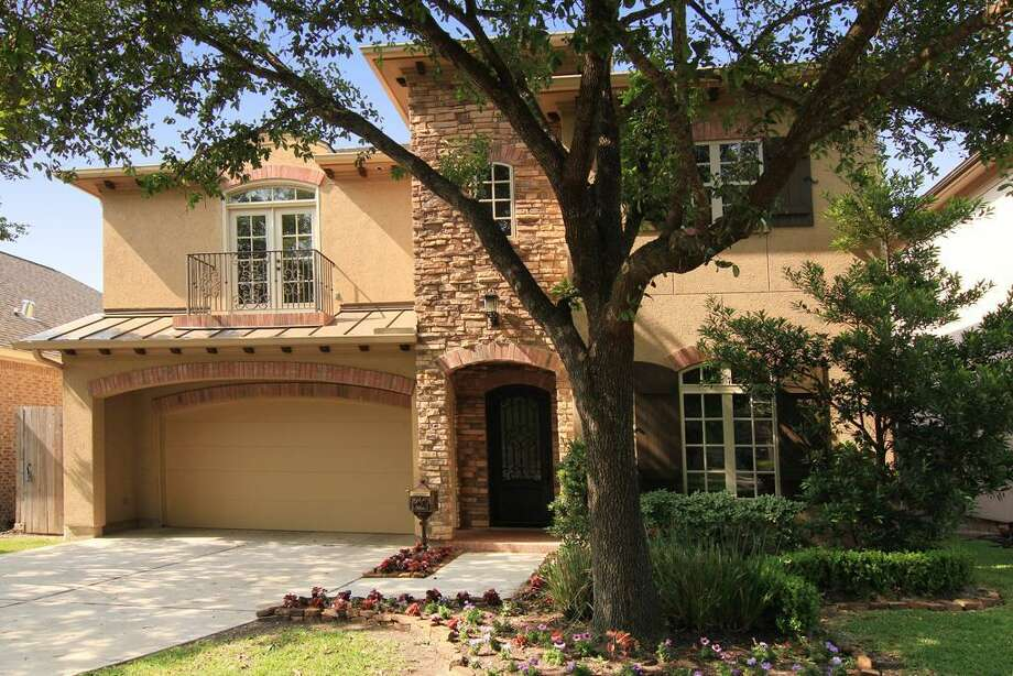 CNBC reporters visited Houston to see what $1 million will buy in real estate. John Daugherty Realtor Lisa Kornhauser will show a listing in Bellaire. On Thursday, April 18, CNBC will show the million-dollar home comparisons.