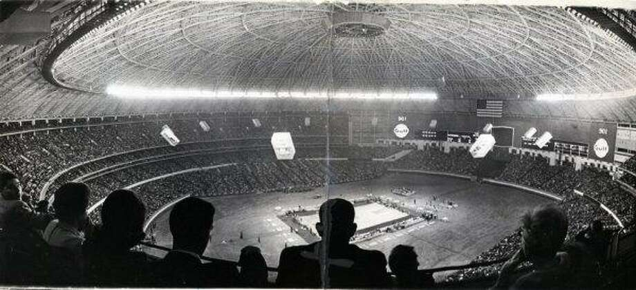 A record crowd of 52,693 saw Houston win the nation's basketball game of the year, UH vs. UCLA, in 1968. Photo: Owen Johnson, Houston Chronicle