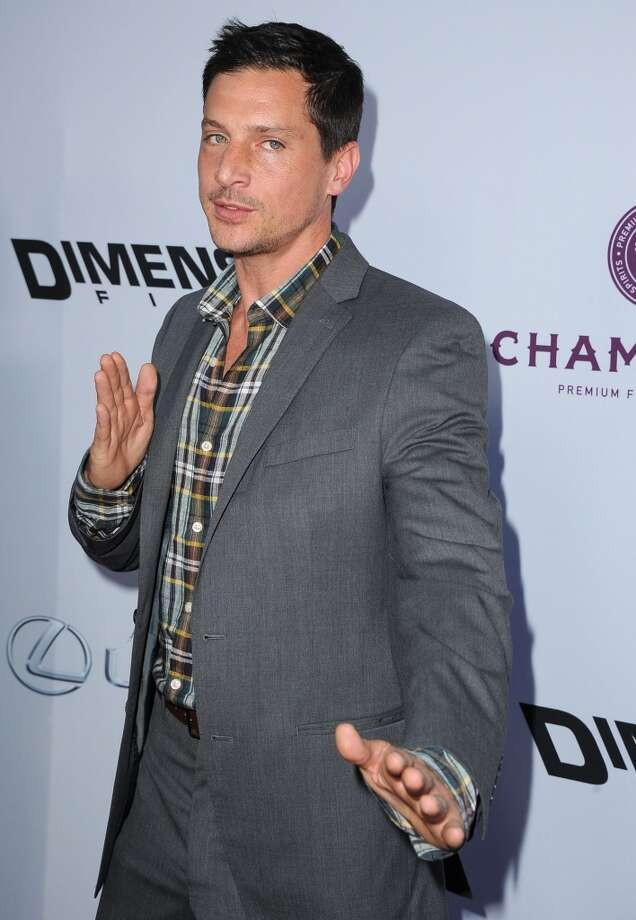 """Simon Rex arrives at the \""""Scary Movie V\"""" - Los Angeles Premiere at ArcLight Cinemas Cinerama Dome on April 11, 2013 in Hollywood, California.  (Photo by Steve Granitz/WireImage)"""
