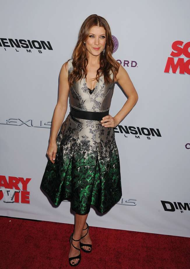 Kate Walsh arrives at the \'Scary Movie V\' - Los Angeles Premiere at ArcLight Cinemas Cinerama Dome on April 11, 2013 in Hollywood, California. (Photo by Jeffrey Mayer/WireImage)