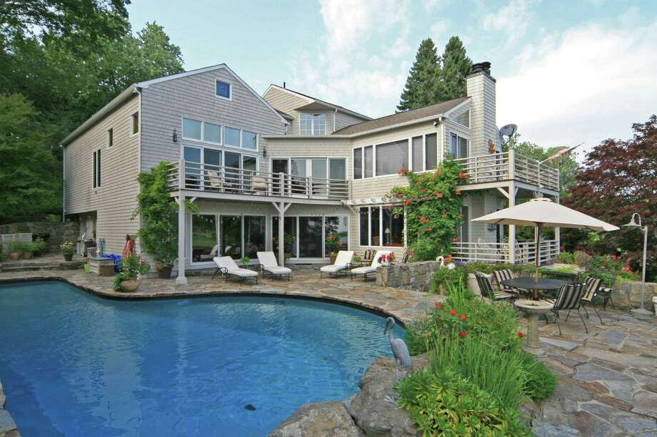The house at 273 Harbor Road, on the market for $3.495 million. Photo: Contributed Photo / Fairfield Citizen contributed