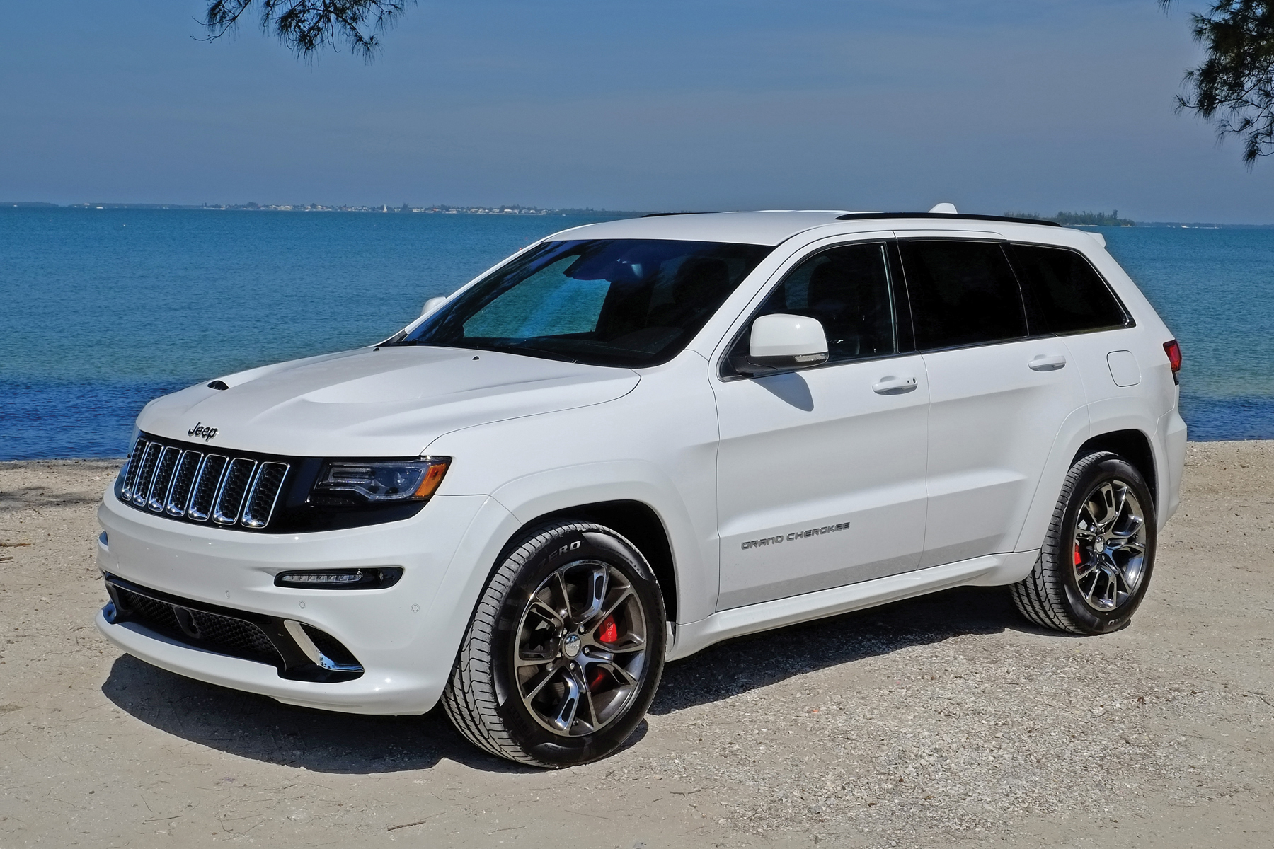 truth in advertising pt ii 2014 jeep grand cherokee srt. Black Bedroom Furniture Sets. Home Design Ideas