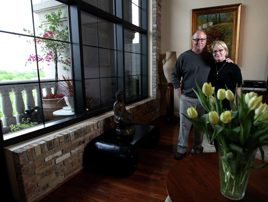 Bob and Pat Ballard didn't have to wait long to sell a West University home. Remodeled original West U homes are in high demand. Photo: Karen Warren, Staff / © 2013 Houston Chronicle