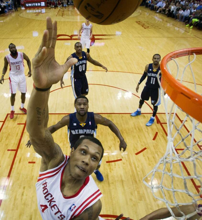 Rockets power forward Greg Smith puts up a shot. Photo:  Smiley N. Pool, Houston Chronicle