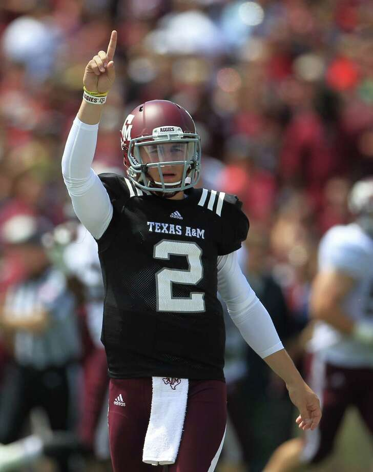 Texas A&M Aggies quarterback Johnny Manziel (2) during the first half of the Texas A&M University's Maroon & White, spring game at Kyle Field, Saturday, April 13, 2013, in College Station. Photo: Karen Warren, Houston Chronicle / © 2013 Houston Chronicle