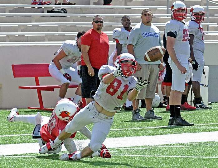 Lamar wide receiver Jesse Sparks, #81, dives for a pass during the Lamar University football scrimma