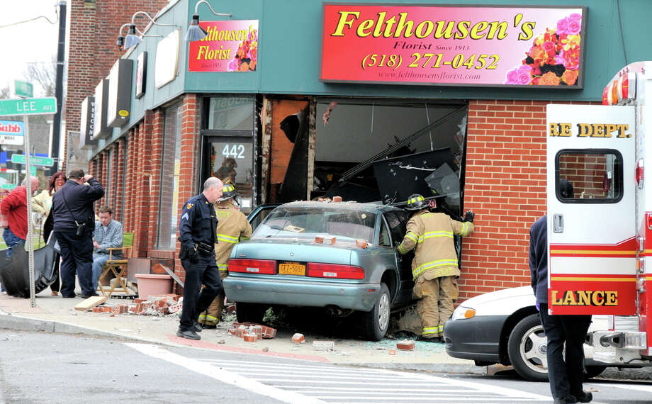 Saturday, April 13, 2013, a Car That Was Aparently Traveling In The Right Lane Was Hit By A Car That Was Trying To Cross Hoosick Street in Troy.  (Brian L. Houle/I.P.A)