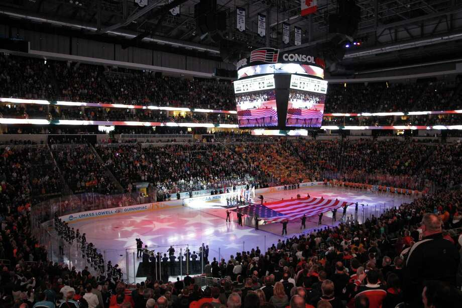 PITTSBURGH, PA - APRIL 13:  A general view during the singing of the national anthem before the game between theYale Bulldogs and the Quinnipiac Bobcats during the game at Consol Energy Center on April 13, 2013 in Pittsburgh, Pennsylvania.  (Photo by Justin K. Aller/Getty Images) Photo: Justin K. Aller, Getty Images / 2013 Getty Images