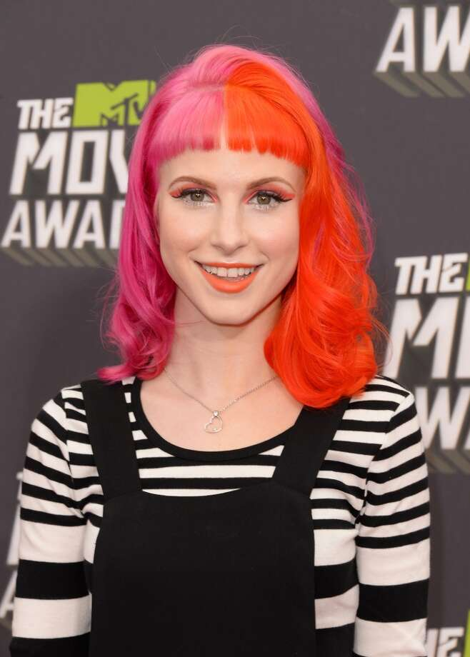 CULVER CITY, CA - APRIL 14:  Singer Hayley Williams of Paramore arrives at the 2013 MTV Movie Awards at Sony Pictures Studios on April 14, 2013 in Culver City, California.  (Photo by Jason Merritt/Getty Images)