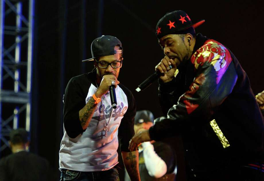 Method Man of Wu-Tang Clan rocks a heavy leather jacket in the California heat. Photo: Frazer Harrison, Getty Images For Coachella / 2013 Getty Images
