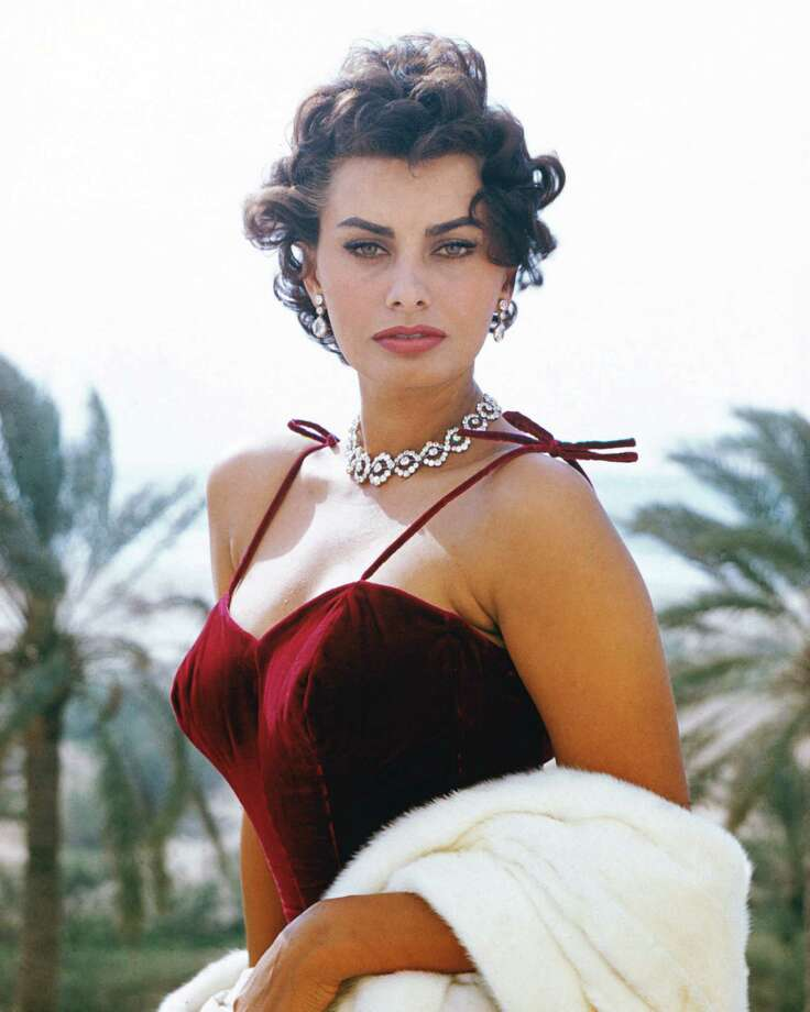 Actress Sophia Loren served 18 days in prison for tax evasion in Italy in 1982. Photo: Silver Screen Collection, Getty Images / 2006 Getty Images